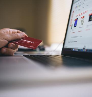 <!--Avanço do comércio online aumenta a pressão sobre a operação do varejo para manter a qualidade e a precisão das entregas. Empresários e especialistas apontam na direção de novas tecnologias capazes de integrar as operações do chão de loja à demanda dos canais digitais..-->